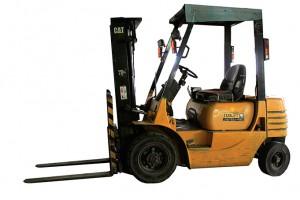 stavebne stroje prenajom trencin vysokozdvižný vozík